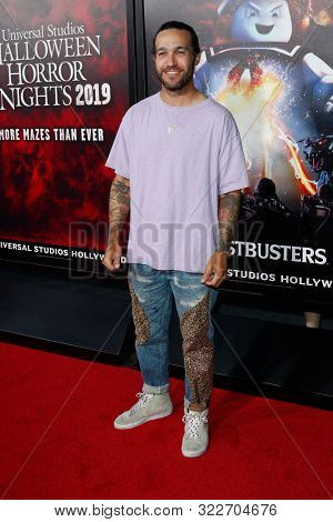 LOS ANGELES - SEP 12:  Pete Wentz at the Halloween Horror Nights at the Universal Studios Hollywood on September 12, 2019 in Universal City, CA