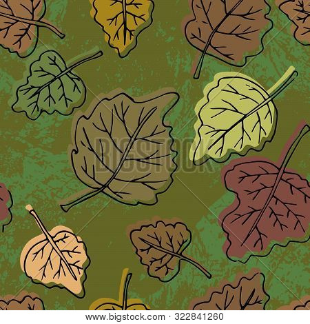Autumn Seamless Pattern. Repetition Texture Of Leaves Of The Poplar Tree. Vector Illustration.