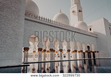 The Famous Sheikh Zayed Grand Mosque. A Unique Toursitic Atraction In Uae