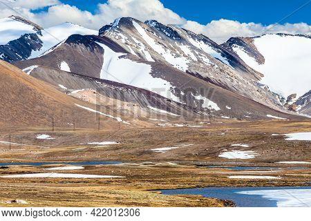 Barskoon (arabel) Syrts At Issyk Kul Region