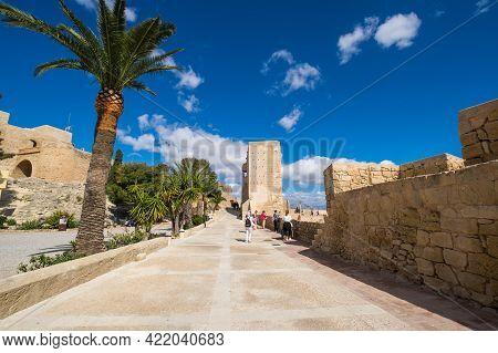 Alicante, Spain - 09 April, 2019: Santa Barbara Castle Is A Fortification In The Center Of Alicante,