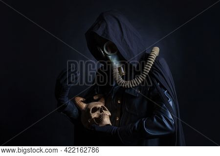 Post-apocalyptic Angel Of Death With A Demon Skull In His Arms, A Scary Story,