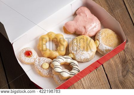 Different Type Of Donuts Set, Sweet Donuts In A Paper Donut Box Dessert Snack Food.
