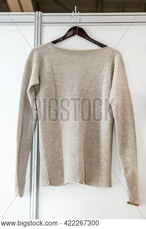Knitted Clothing Made Of Hemp - Pullover, T-shirt And Bag. Clothing Made From Hemp Fiber At The Exhi
