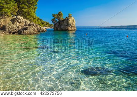 Amazing Scenery With Clean Sea And Famous Rock Island On The Beach. One Of The Best Beautiful Beach
