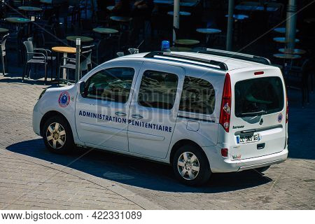 Reims France May 31, 2021 Police Car Patrolling Downtown Reims During Deconfinement In Order To Enfo