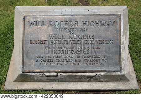 May 23, 2021 Santa Monica California: A brass plack dedicated to Will Rogers Highway in 1952. Will Rogers was a famous person and a friend to all. Editorial.