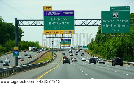 Aberdeen, Maryland, U.s.a - May 17, 2021 - The Traffic On Interstate 95 Towards Ezpass Express Entra