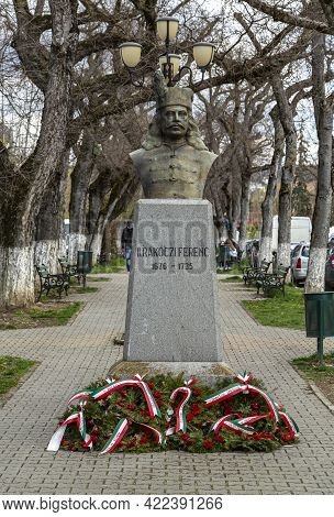 Targu-mures, Romania-april 23: Statue Of Rakoczi Ferenc  On  April 23, 2021 In Targu-mures. Rakoczi