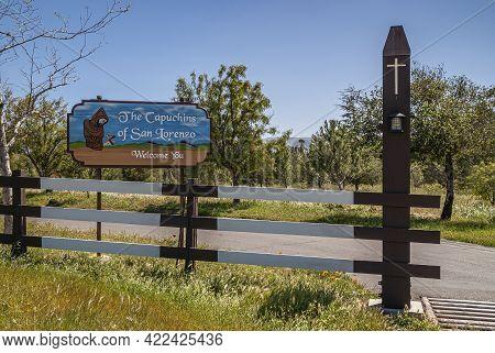 Santa Inez, Ca, Usa - April 3, 2009: San Lorenzo Seminary. Colorful Welcome Sign At Entrance To Gree