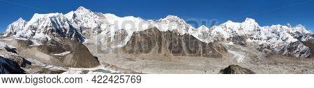 Beautiful Panoramic View Of Mounts Cho Oyu, Everest, Lhotse, Gyachung Kang, Ngozumba And Gyazumba Gl