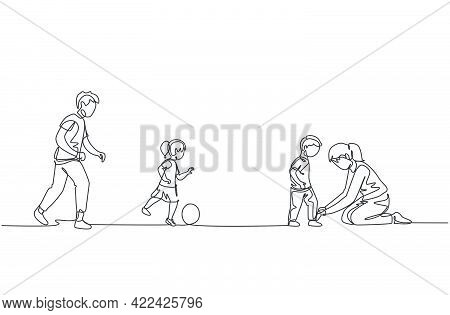 One Single Line Drawing Of Young Dad Playing Soccer With Daughter At Field While Mom Tying Son's Sho