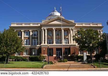 Anderson County Courthouse Building In Palestine, Texas