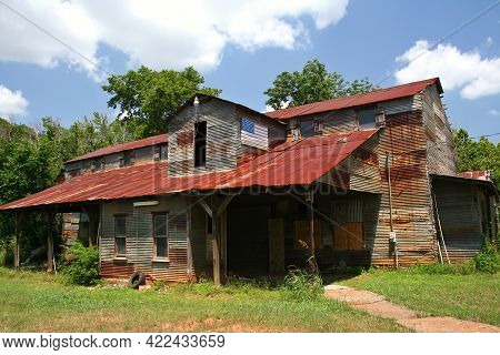 Rustic Rural Barn With American Flag Rural East Texas