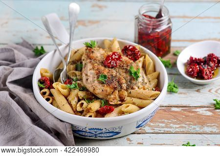 Pasta With Chicken And Dried Tomatoes..style Hugge.selective Focus