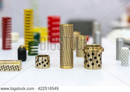 Various Type Alloy Copper Or Brass Oilless Or Oil Free Bush With Embedded Solid Lubricant Equipment