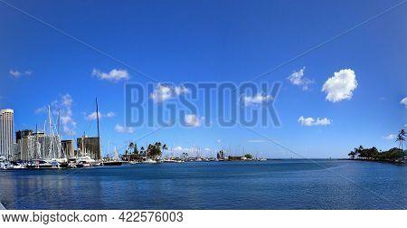 Waikiki - September 16, 2017: Panoramic Ala Wai Harbor And Ala Moana Beach Park With Skyline Of Waik