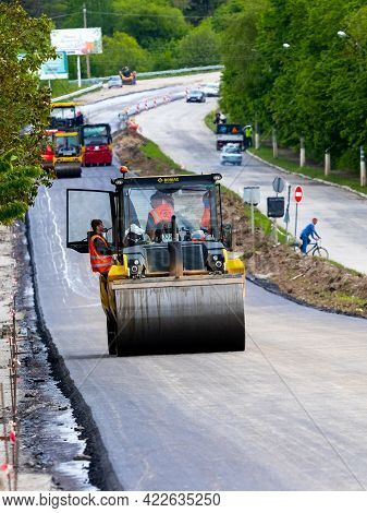 Ukraine, Khmelnytsky Region, Krasyliv. May 2021. Rollers For Laying Asphalt On The Road During Aspha