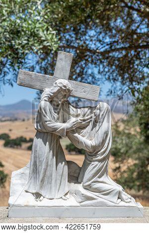 Santa Inez, Ca, Usa - April 3, 2009: San Lorenzo Seminary. Station Of The Cross Number 6 White Marbl