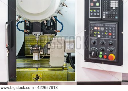 Cutting Tool Working With Work Piece Or Product By High Speed And Accuracy Cnc Automatic Machining C