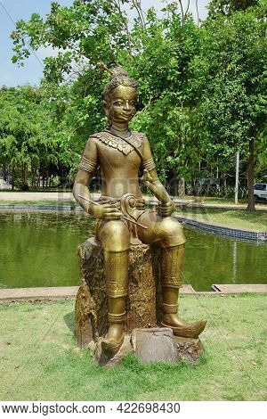 Rayong, Thailand - April 13, 2021: Sin Samudr Is Main Character In The Famous Thai Poet Phra Aphai M