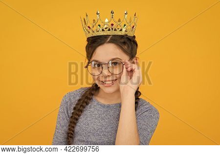 Highlighting My Look. Beauty Look Of Prom Queen. Little Child With Vogue Look. Luxury Jewelry. Fashi