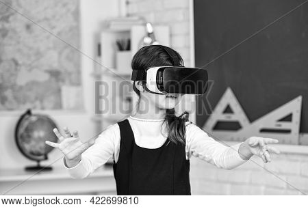 Modern Technologies. Virtual Reality Headset. Teenage Schoolgirl In Classroom. Back To School. In A