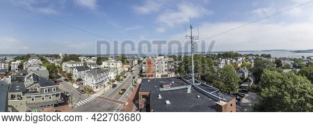 Portland, Usa - September 15, 2017: Aerial View Of Portland Hill Living Area. Portland Hill Is A His