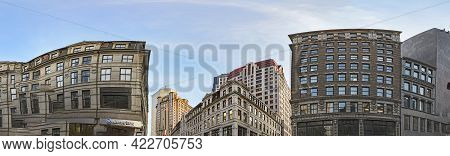 Boston, Usa - September 11, 2017: Panoramic View Of The Historic Downtown Part In Boston, Usa. The O