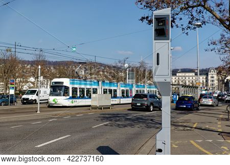 Zurich Switzerland March 10, 2021: Stationary Radar Speed Camera, Camera In Big City With Cars And P