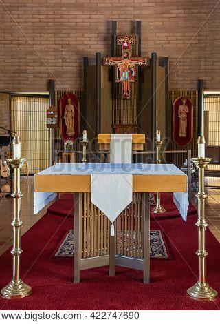 Santa Inez, Ca, Usa - May 26, 2021: San Lorenzo Seminary, Inside Church, Closeup Of Altar With Backd