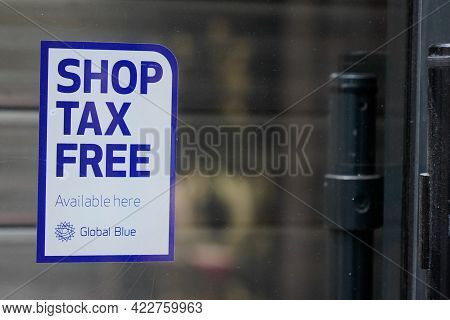 Bordeaux , Aquitaine France - 06 01 2021 : Shop Tax Free Text Duty Free Shop Sign Stickers By Global