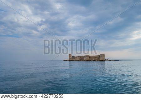 Panoramic View Onto Main Sight Of Resort City Kizkalesi - Fortress Kizkalesi, Located On Small Medit