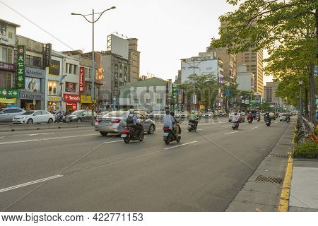 Taipei, Taiwan - Aug 8, 2018 : Street View Of Roosevelt Rd In Front Of National Taiwan University At