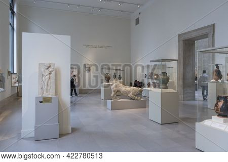 New York, Usa - April 26,2018 : Interior View Of The Metropolitan Museum In New York,usa On April 26