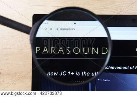 Richmond, Virginia, Usa - 7 January 2021: Editorial Of Parasound Website Homepage. Parasound Logo Vi