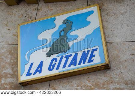 Bordeaux , Aquitaine France - 06 01 2021 : La Gitane French Text Sign With Logo Brand Gypsy Women Of