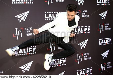LOS ANGELES - JUN 2:  Omar Chaparro at the 7th and Union Premiere -  Los Angeles Latino International Film Festival at the TCL Chinese Theater IMAX on June 2, 2021 in Los Angeles, CA