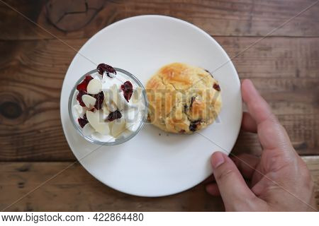 Scone , Scone With Whipped Cream For Serve