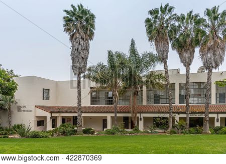 Santa Barbara, Ca, Usa - June 2, 2021: City College Facilities. Beige Digital Arts Building Also Hou