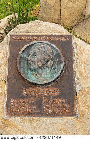 Santa Barbara, Ca, Usa - June 2, 2021: City College Facilities. Metal Rusted Plate Set In Brown Rock
