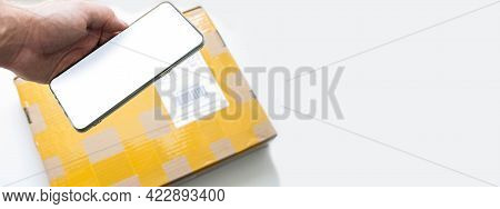 Scans The Package With Your Phone. Sending A Parcel From China. Receiving The Parcel Post. The Postm