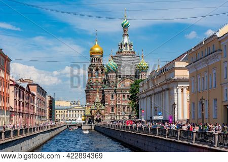 Saint Petersburg, Russia - June 2021: Church Of Savior On Spilled Blood And Griboedov Canal