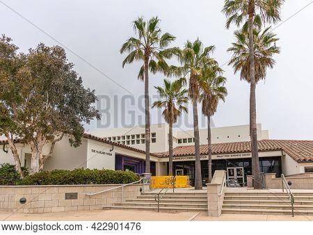 Santa Barbara, Ca, Usa - June 2, 2021: City College Facilities. Beige Modern Business Sciences Build