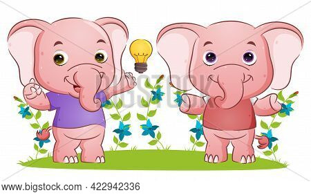 The Smart Couple Elephant Is Having The Brilliant Ideas In The Garden Of The Illustration