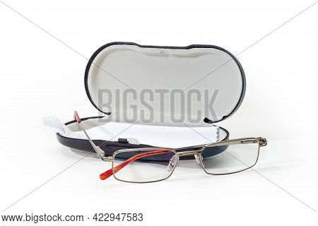 Modern Classic Eyeglasses For Men In Metal Rim Against The Open Hard Spectacle-case With Glasses Wip