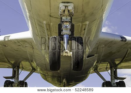 Commerical Airplane Underneath View