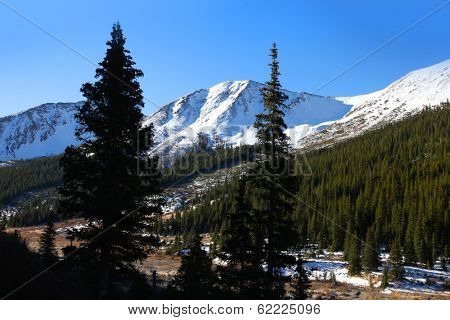 Snow covered mountains in Independence pass