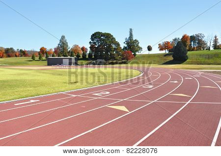 Race and running course for track and field