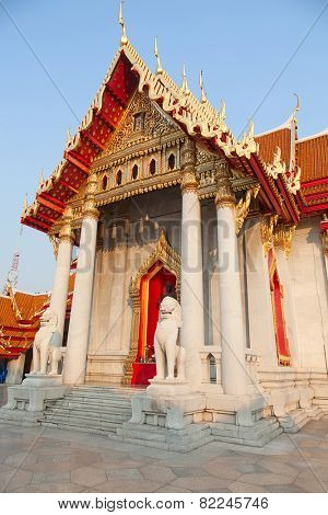 Famous Wat Benjamaborphit (Marble Temple) in Bangkok, Thailand poster